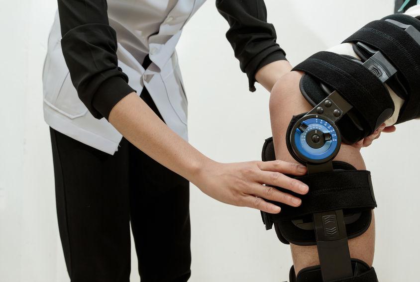 off-loading-knee-brace